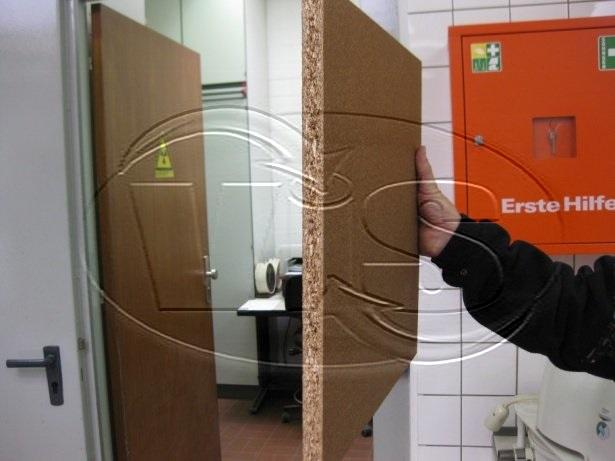 Innovative Feuerfeste Spanplatten Mit Holzoberfläche Von LindnerGroup    2014 .